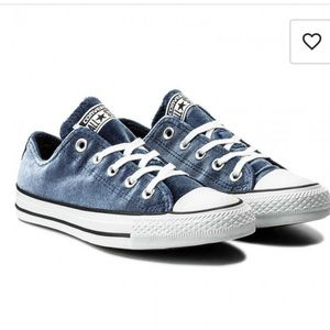 Converse Chuck Taylor All Star Blue Velvet Low Top Sneaker Lace Up Size 7.5